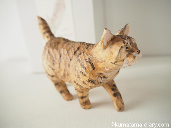 木彫り猫右