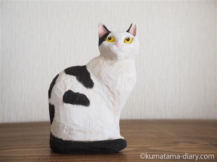 白黒猫木彫り