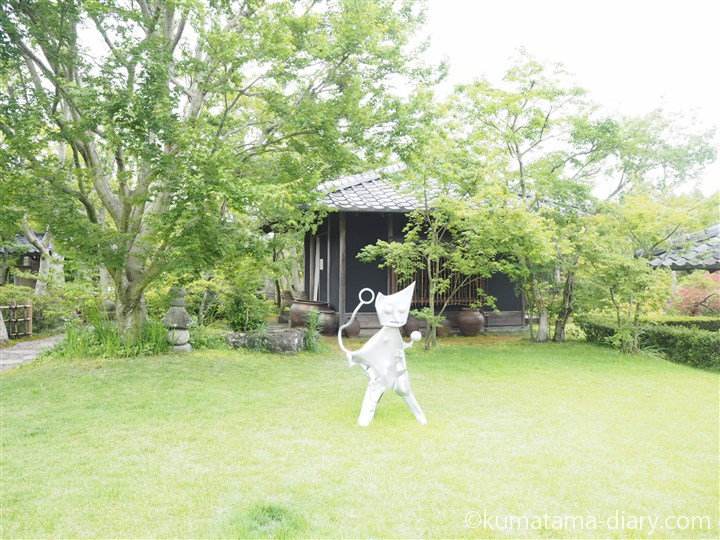 松山庭園美術館の庭