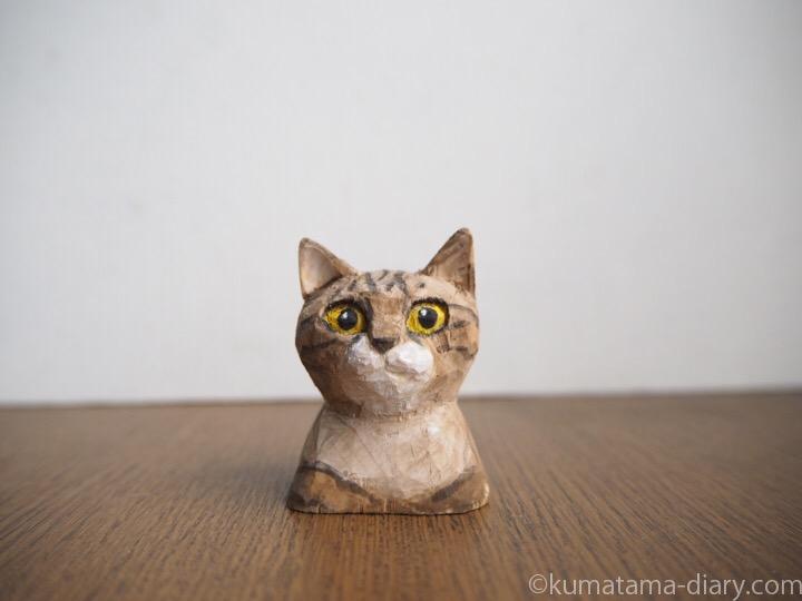 木彫りキジトラ猫