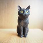 木彫りの黒猫を作りました