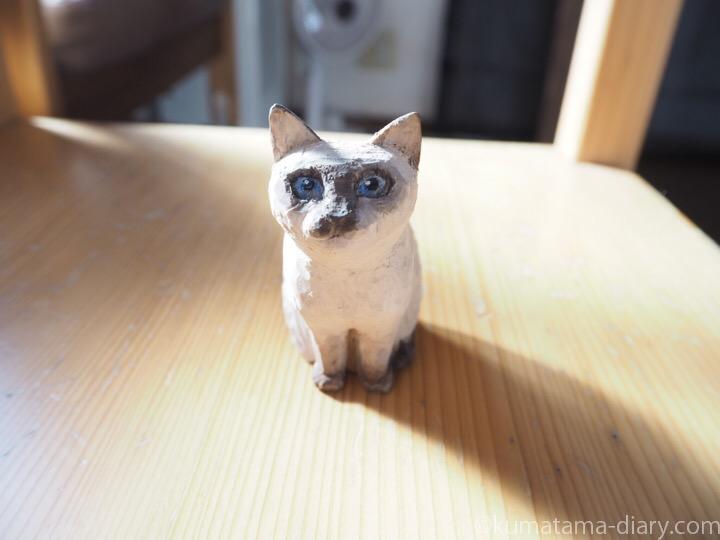 木彫りシャム猫