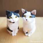 木彫りで黒白猫さんと白黒猫さんを作りました