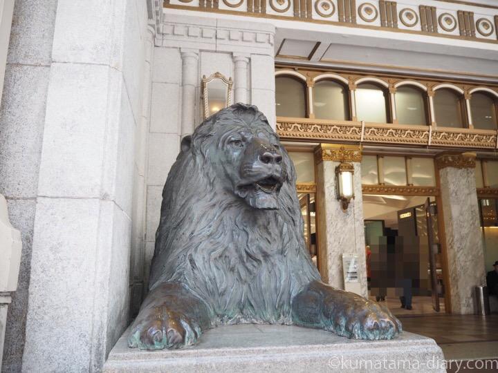 日本橋三越ライオン像