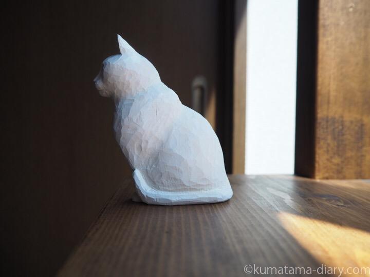 オッドアイ白猫木彫り左