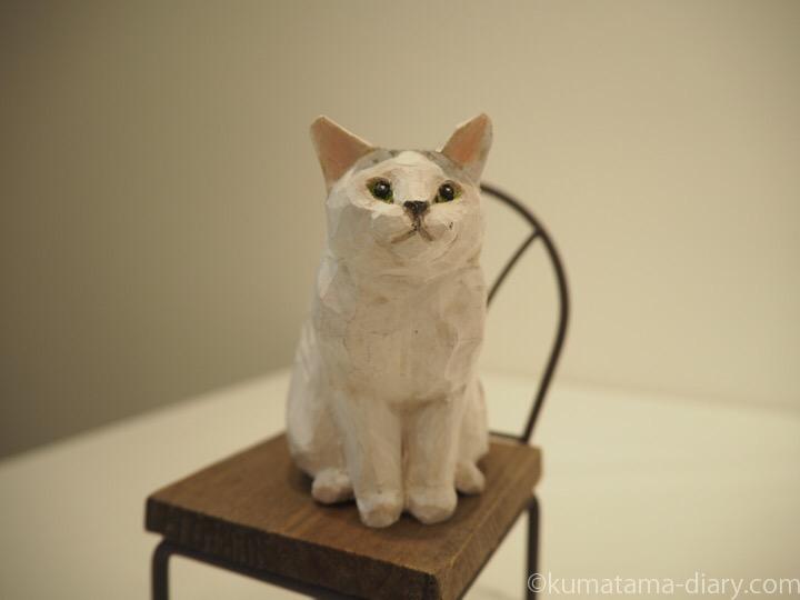 サバトラ白猫木彫り
