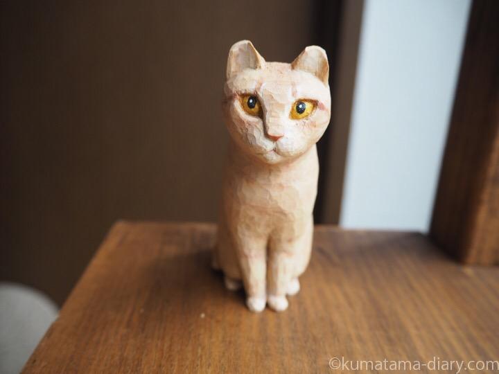 木彫りクリーム猫マイケルくん