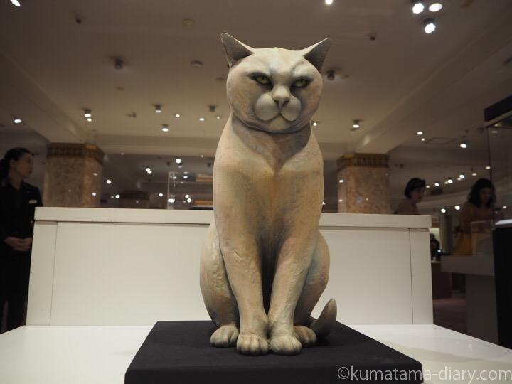 リアル猫木彫り