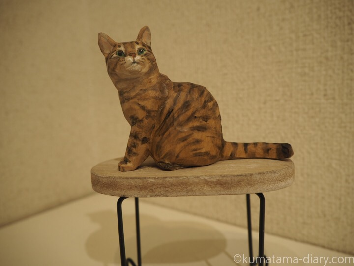 キジトラ猫木彫り