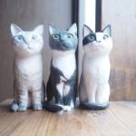 アメリカに住む3匹の猫さんを木彫りで作りました