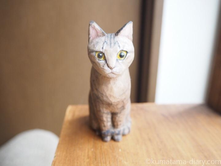 キジトラ猫小春さん木彫り猫