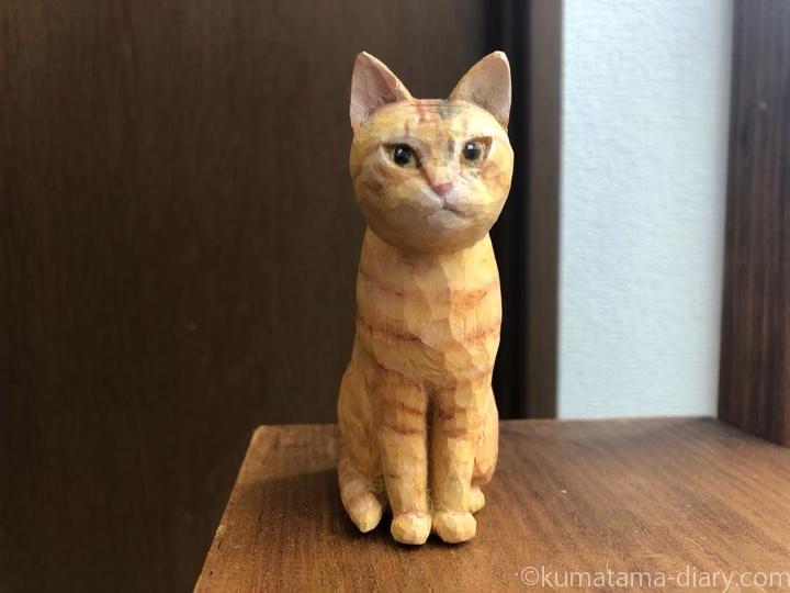 茶トラ木彫り猫