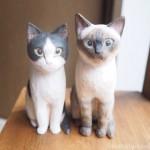 白黒猫さんとシャムミックスさんの木彫り猫を作りました