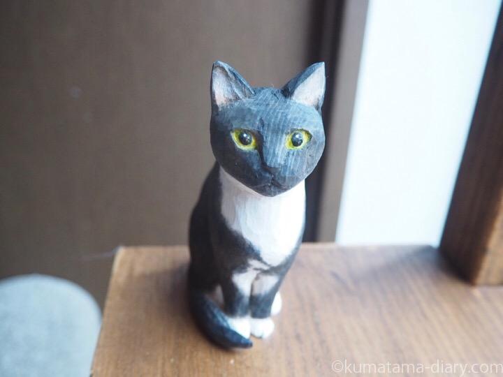 黒白猫木彫り