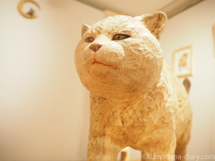 木彫り猫シナモンくん