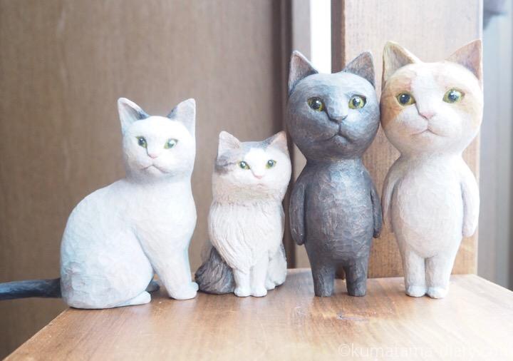 お彫刻教室で作った木彫り猫