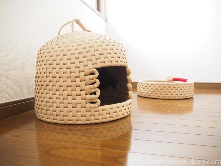 猫ちぐらと鍋型ベッド