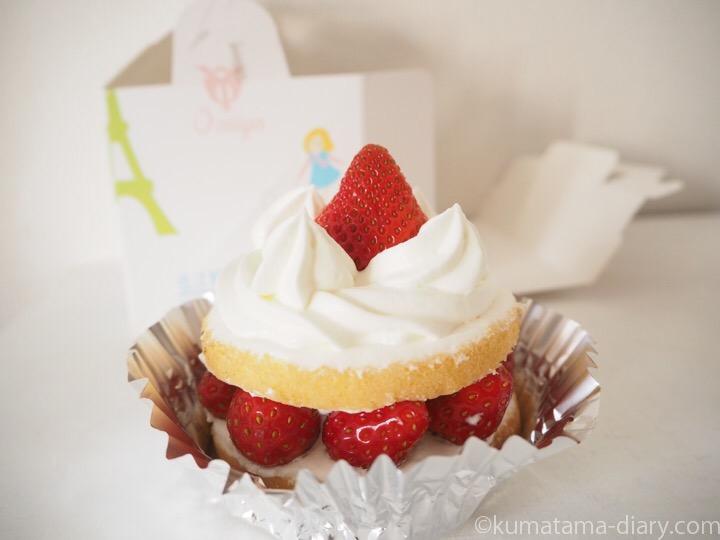 近江屋洋菓子店のショートケーキ
