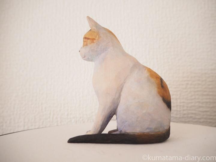 三毛猫木彫り猫左