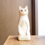 正座する木彫り猫を作りました