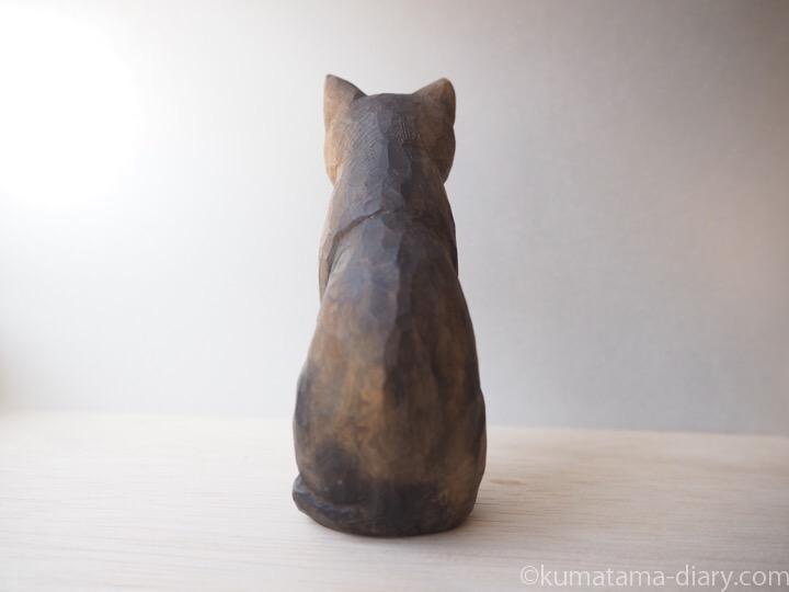 木彫り猫サビ猫さん後ろ