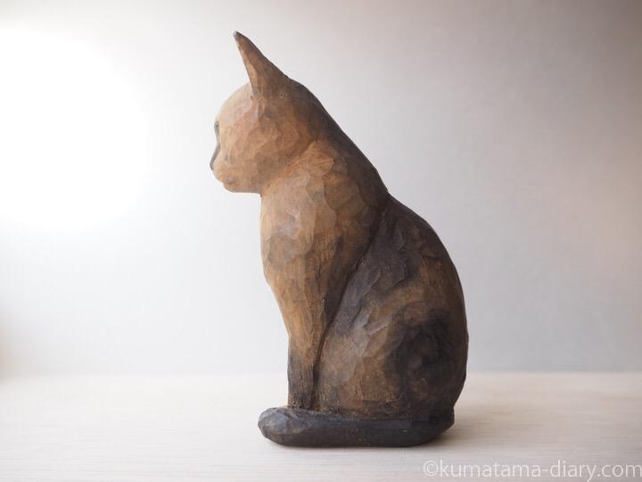 木彫り猫サビ猫さん左