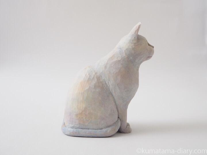 白猫木彫り猫右