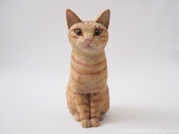茶トラ猫木彫り猫