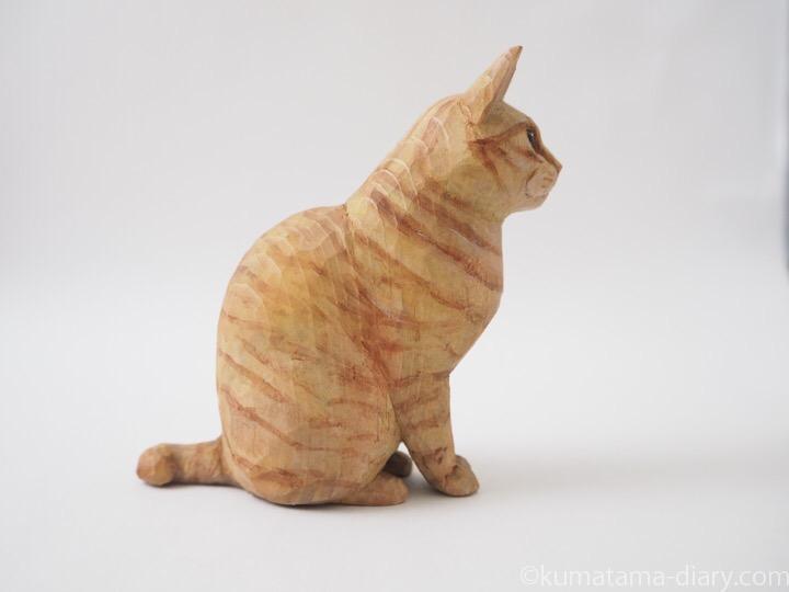 茶トラ猫木彫り猫右