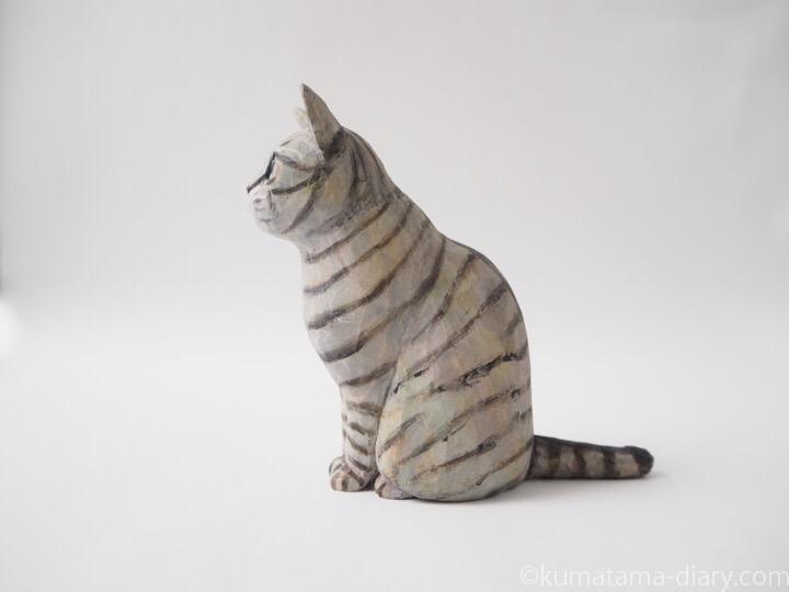 サバトラ猫木彫り猫左