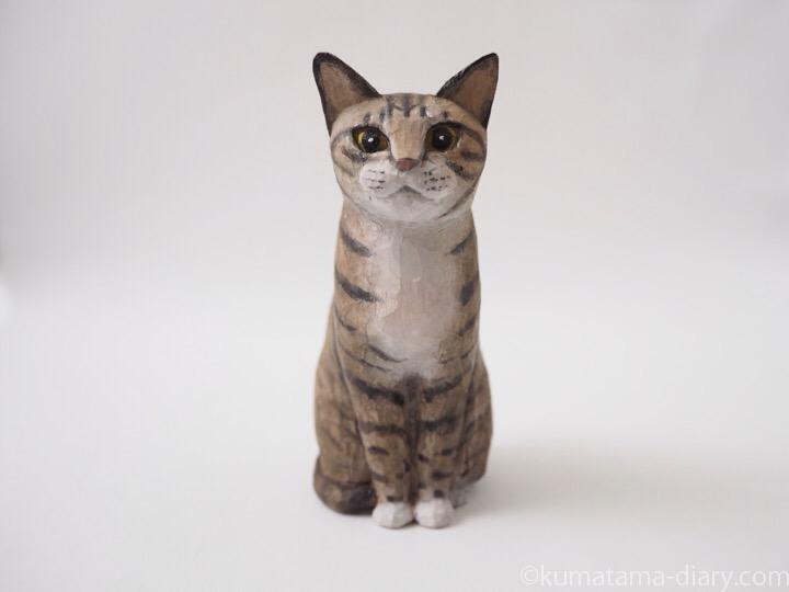 キジトラ白猫木彫り猫