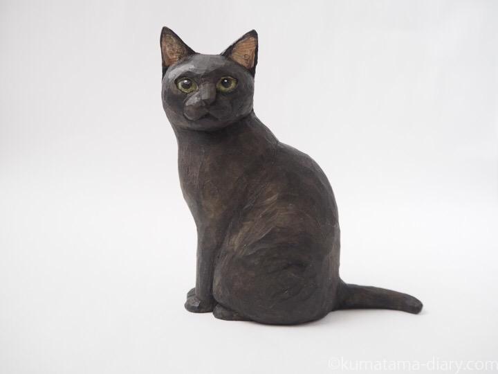 黒猫すずりさん木彫り猫