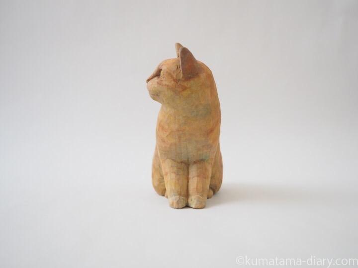 茶トラ猫さん木彫り猫