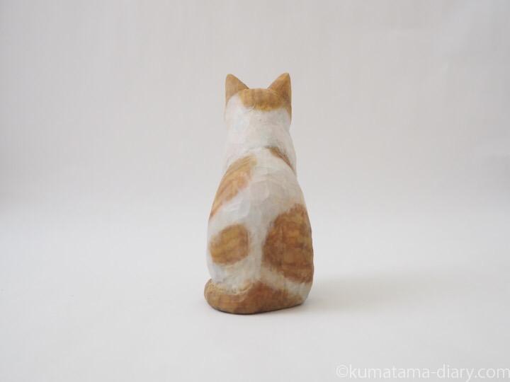 たまき木彫り猫後ろ
