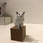 小さな木彫りの猫 バンナイリョウジ個展「猫が待っているので帰ります」を見に行きました