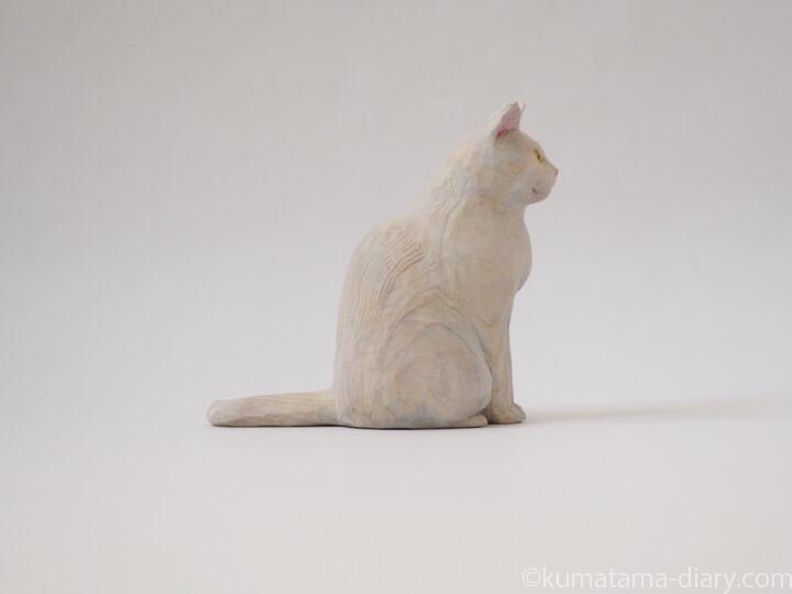 オッドアイ白猫さん木彫り猫右