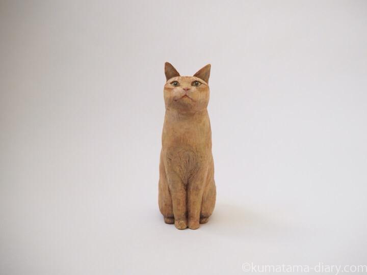 茶トラ猫さんl木彫り猫