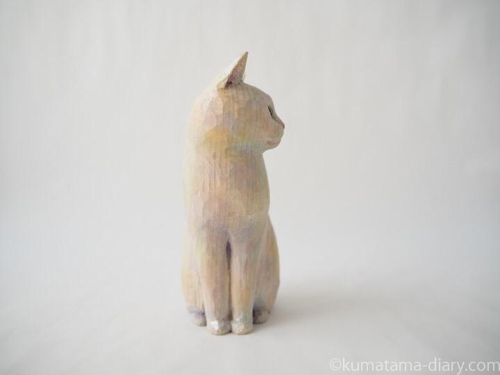 白猫さん木彫り猫