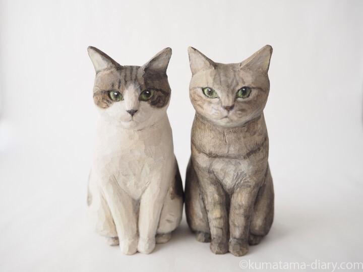 キジトラ兄弟木彫り猫
