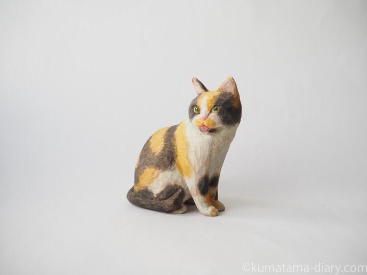 三毛猫さん木彫り猫