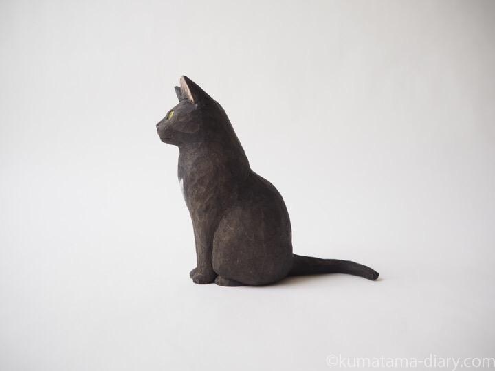 黒猫さん木彫り猫左