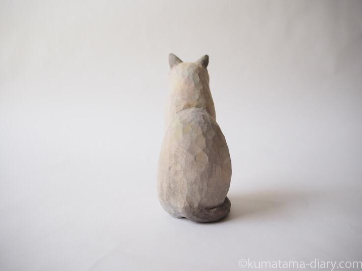 トンキニーズ木彫り猫後ろ