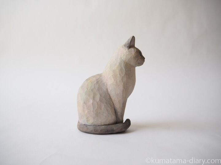 トンキニーズ木彫り猫右