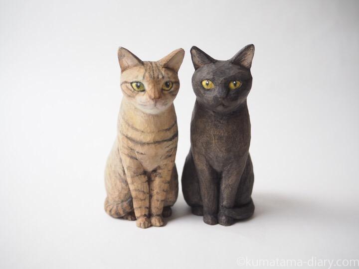 キジトラ猫さんと猫さんと黒猫さん木彫り猫
