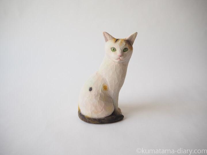 とび三毛さん木彫り猫