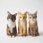 3匹の猫さんを木彫りで作りました