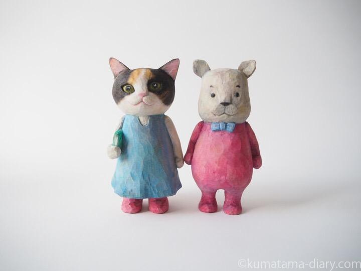 木彫り三毛猫とカバ