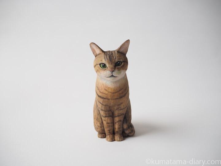 キジトラ猫さん木彫り猫