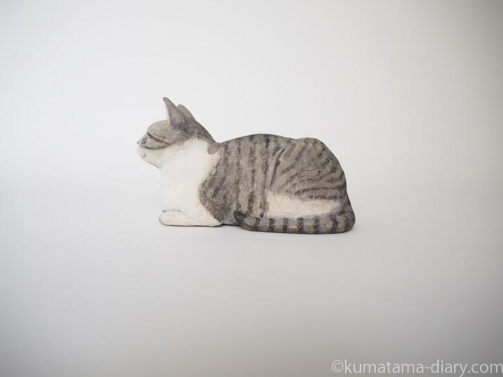 ミードくん木彫り猫左